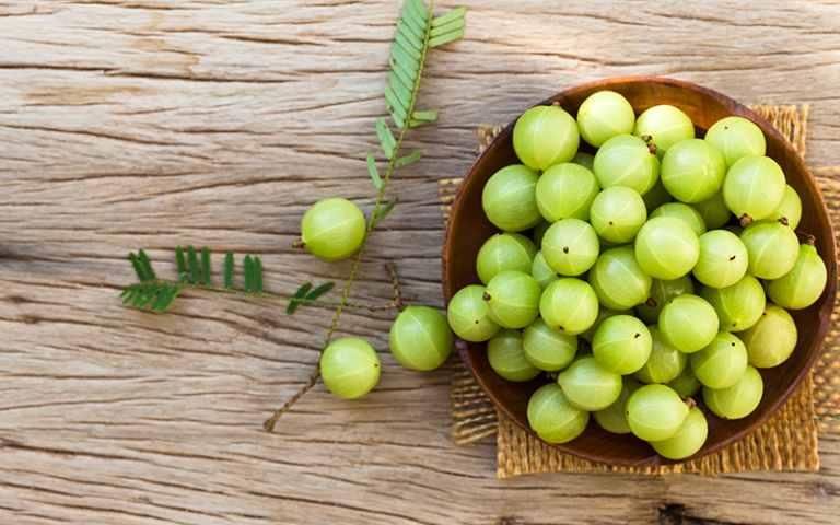 आवळा (आमला) खाण्याचे फायदे   Amla Benefits in Marathi