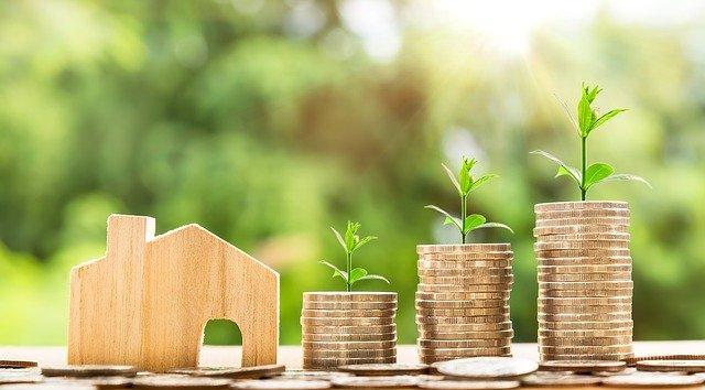 विमा पॉलिसी म्हणजे काय, त्याचे प्रकार आणि महत्व | Insurance Policy in Marathi